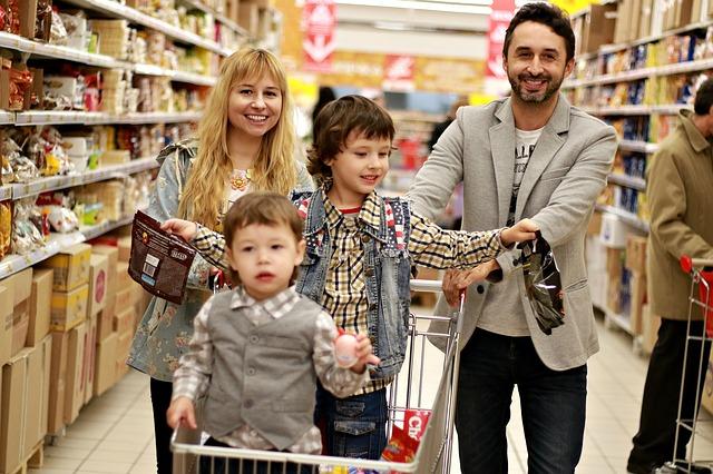 Rodinka na nákupu
