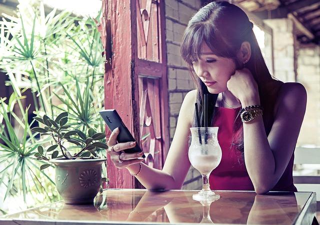 Oběd s mobilem